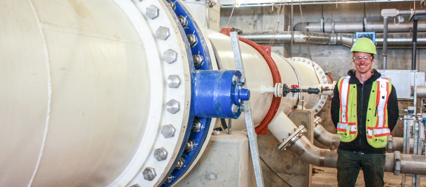 The pipe which brings water from Comox Lake (raw water) into the treatment plant.